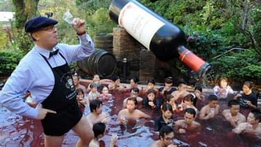 Le beaujolais bouveau est extrêmement apprécié au Japon, où sont exportées près de 7 millions de bouteilles chaque année.