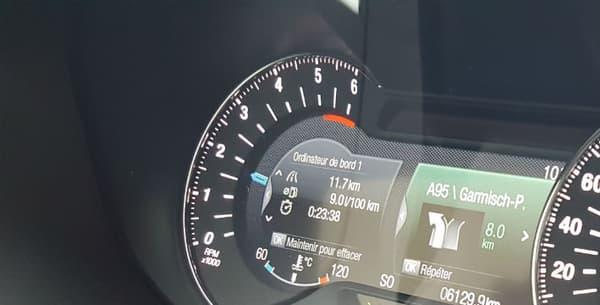 Notre version d'essai intègre des technologies qu'on connaît bien maintenant chez Ford, tels que l'aide au maintien dans la file, le freinage d'urgence, la lecture des panneaux ou encore la caméra de recul.