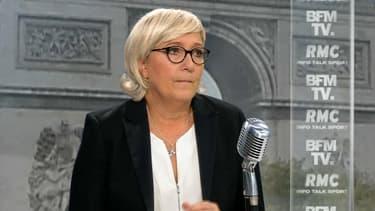 """""""L'union de la droite est une trop petite ambition"""", estime Marine Le Pen"""