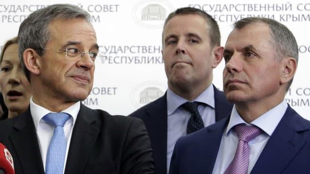 Plusieurs députés, dont Thierry Mariani, ont réalisé une visite très contestée en Crimée, plus d'un an après son annexion par la Russie. Ils sont désormais interdits de territoire et Kiev enquête sur eux.