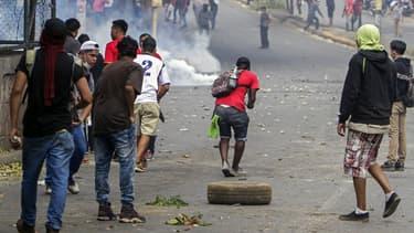 Des affrontements entre étudiants et policiers le 21 avril 2018 à Managua