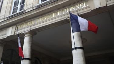 Le Conseil constitutionnel a cependant laissé aux législateurs jusqu'au 30 juin pour se mettre en conformité avec sa décision.