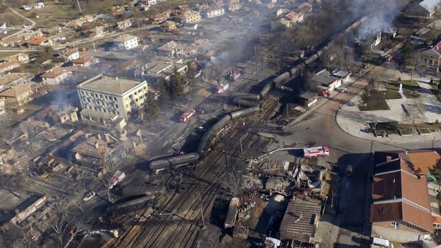 L'explosion du train a dévasté la ville d'Histrino.