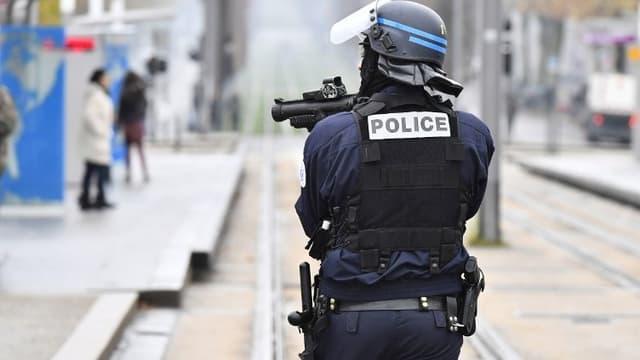L'acquisition de ces lanceurs est destinée à la police et à la gendarmerie.
