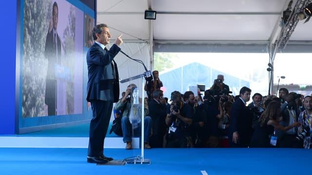 Nicolas Sarkozy propose notamment la défiscalisation des heures supplémentaires et la suppression de l'ISF.