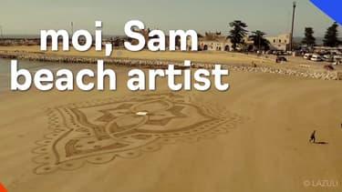 """Samuel Dougados, """"beach artist"""" réalise des œuvres venues d'ailleurs avec un simple râteau"""