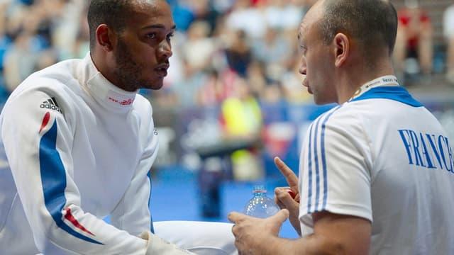 Hugues Obry (à droite) en plein coaching