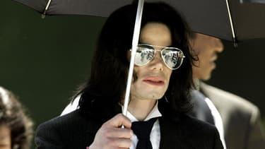 Michael Jackson, ici en 2005, est décédé à l'âge de 50 ans d'une surdose de propofol.