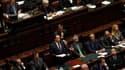 Le président du conseil Silvio Berlusconi (au centre), lors d'un discours de politique générale lançant la deuxième moitié de son mandat. A l'issue de ce discours, les députés italiens ont renouvelé leur confiance mercredi soir au gouvernement de Silvio B