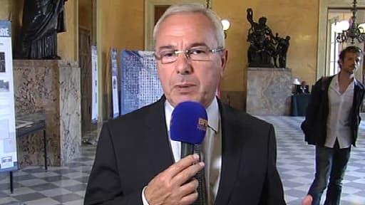 Jean Leonetti, l'auteur de la loi de 2005 sur la fin de vie a été chargé avec le député PS Alain Claeys d'aménager ce texte.