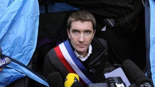 Le maire de Sevran Stéphane Gatignon arrête sa grève de la faim