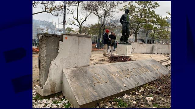 La statue vandalisée