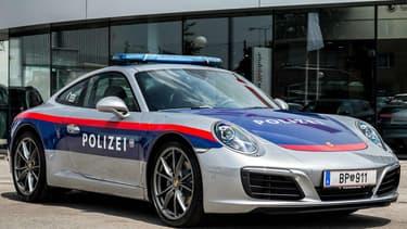 La police autrichienne a pris livraison de sa nouvelle Porsche 911 d'intervention il y a quelques jours.
