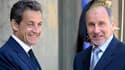 Nicolas Sarkozy a promis une intensification des raids aériens contre les forces de Mouammar Kadhafi au président du Conseil national de transition libyen, Moustafa Abdeljeïl, qu'il a reçu à l'Elysée mercredi. /Photo prise le 20 avril 2011/REUTERS/Philipp