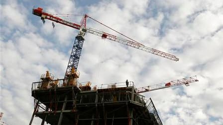 La généralisation de la distribution du livret A a permis d'augmenter les ressources du financement du logement social et de la politique de la ville du gouvernement. Selon des chiffres communiqués en conseil des ministres, les nouveaux prêts au logement