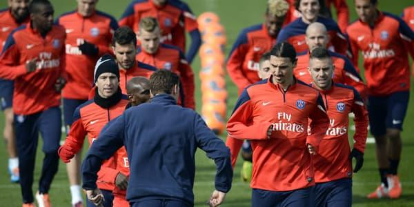 Le PSG en séance d'entraînement, le 27 mars, au Camp des Loges.