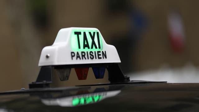 """Taxis G7 veut faire passer son parc à 100% """"Green"""" en 2027 mais réclame des stations dédiées aux professionnels"""