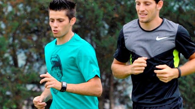 Valentin (20 ans) et Renaud Lavillenie (26 ans) à  l'entrainement