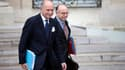 Laurent Fabius et Bernard Cazeneuve à la sortie du Conseil des ministres, le 3 juillet dernier.