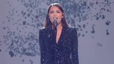 Florina lors de sa prestation à Destination Eurovision