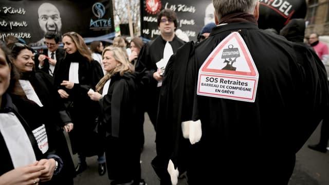 Des avocats en grève à Paris, le 11 janvier 2020