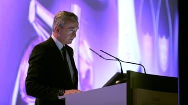Bernard Arnault, le patron de LVMH, était le dirigeant le mieux payé du CAC 40 en 2013, avec 11 millions d'euros.