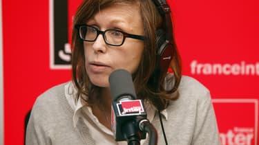 La journaliste Pascale Clark prêtera sa voix pour une dictée d'écriture inclusive organisée par l'agence de communication Mots-Clés.