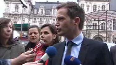 Pierre-Yves Bournazel, l'un des candidats à la primaire, veut annuler le scrutin.