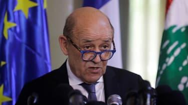 Jean-Yves Le Drian le ministre français des Affaires étrangères lors d'une conférence de presse à Beyrouth, le 23 juillet 2020