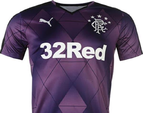 Glasgow Rangers extérieur 2015