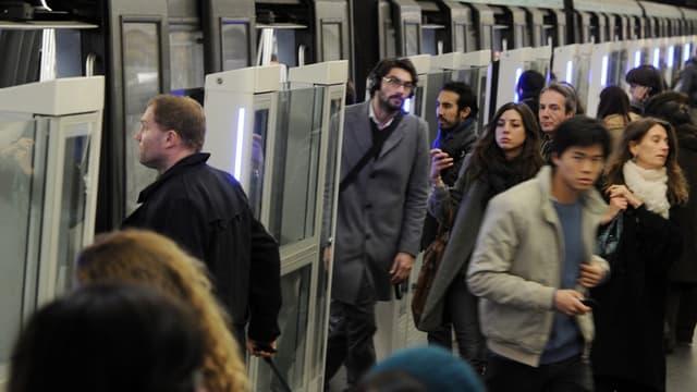 Un Français sur deux utilise régulièrement les bus, métro, tramway, RER et TER.