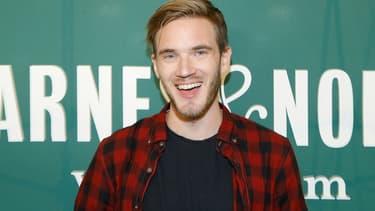 """Le célèbre youtuber PewDiePie admet travailler """"un peu"""" avec les annonceurs"""