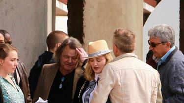 Madonna, le 10 juillet au Malawi. La star y finance la construction d'un hôpital.