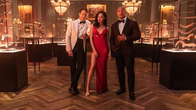 "Gal Gadot, Ryan Reynolds et Dwayne Johnson dans ""Red Notice"""