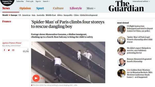 Le Guardian, comme de nombreux médias anglo-saxons, a raconté l'histoire de Mamoudou Gassama.