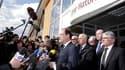 """François Hollande s'est rendu lundi après-midi à Toulouse, où il a rendu hommage aux victimes de la fusillade survenue dans la matinée au collège-lycée juif Ozar Hatorah en appelant à """"une réponse commune et ferme de toute la République"""". /Photo prise le"""