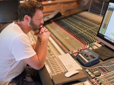 Christophe Maé en studio