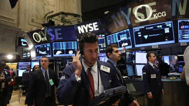Europe, mais surtout etats-Unis et même Chine.. Malgré la très forte hausse du facteur risque, les investisseurs privilégient toujours le marché actions, même au milieu de turbulences très inquiétantes.