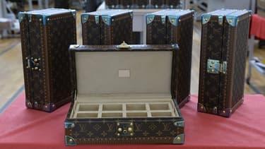 La marque de luxe française concocte son entrée sur le marché des objets connectés, avec une valise.