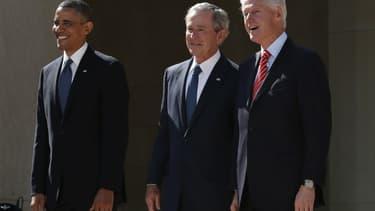 Barack Obama, George W. Bush et Bill Clinton, en 2013.