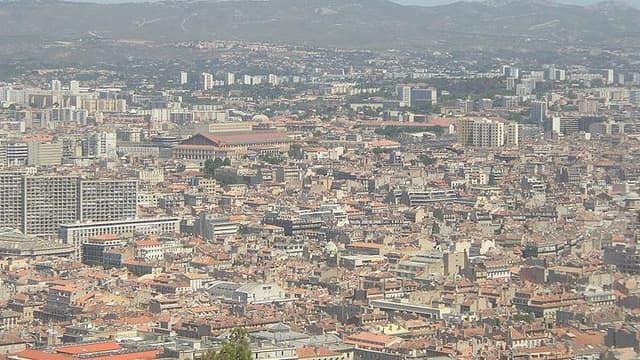 """La fin du """"fini-parti"""" à Marseille règlera-telle le problème de propreté de la ville ?"""