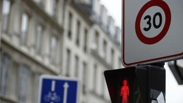 La mairie de Paris va étendre les zones 30 à la quasi-totalité de la capitale.