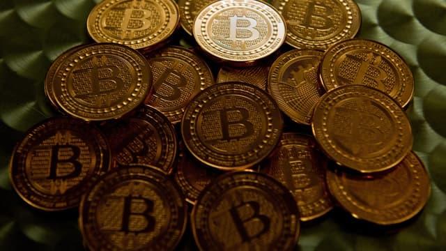 Le bitcoin a franchi la barre symbolique des 5000 dollars.