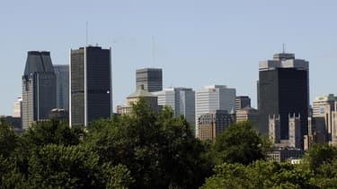 Le Québec veut favoriser l'accès à l'emploi des étrangers.