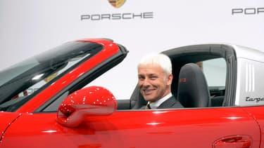 Matthias Muller, PDG de Porsche, promet de créer l'électrique la plus sportive du monde. Faut-il préciser que ce message s'adresse à Elon Musk?