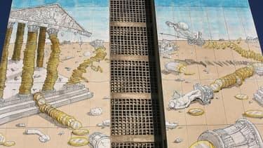 Fresque réalisée par le street artiste italien Blu en octobre 2011 sur une façade d'immeuble de Thessalonique en Grèce