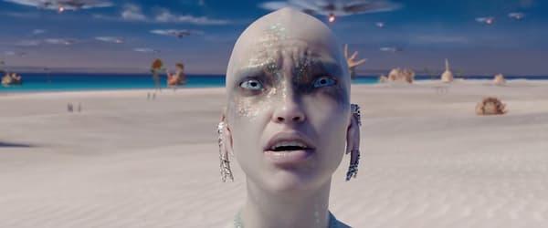"""Sasha Luss dans """"Valérian et la cité des mille planètes""""."""
