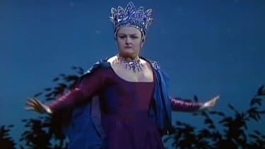 """Edita Gruberova dans """"La Flûte enchantée"""", de Mozart, interprétant la Reine de la nuit."""