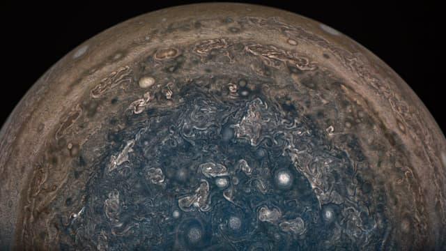 Le pôle Sud de Jupiter, photographié par la sonde Juno en février 2017.