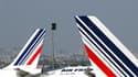 Air France prévoit d'assurer mercredi un trafic quasi-normal avec 92% des vols et espère même faire décoller la totalité des vols long-courrier, au cinquième jour d'une grève des hôtesses et stewards motivée par une réduction des effectifs des équipages.
